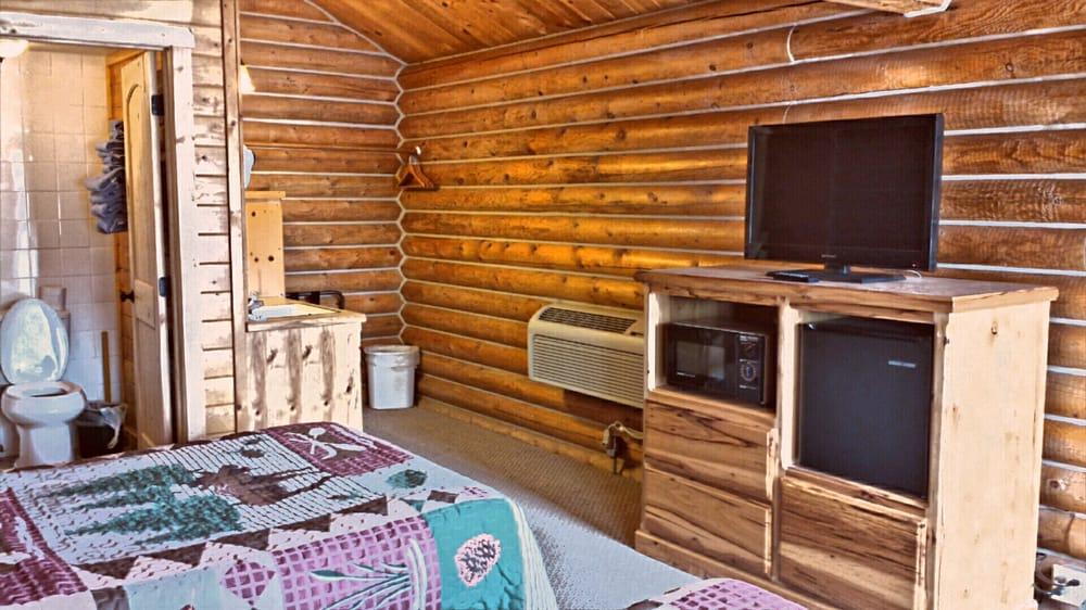 Trails End Motel: 40 N Main St, Victor, ID