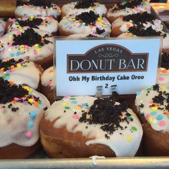 donut bar 1430 photos amp 394 reviews donuts 124 s 6th
