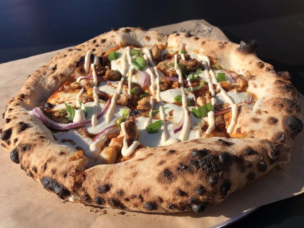 Hella Pie Pizza: 50 W 10th St, Tracy, CA