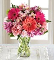 Grapevines Flower Garden: 113 N Egan Ave, Madison, SD