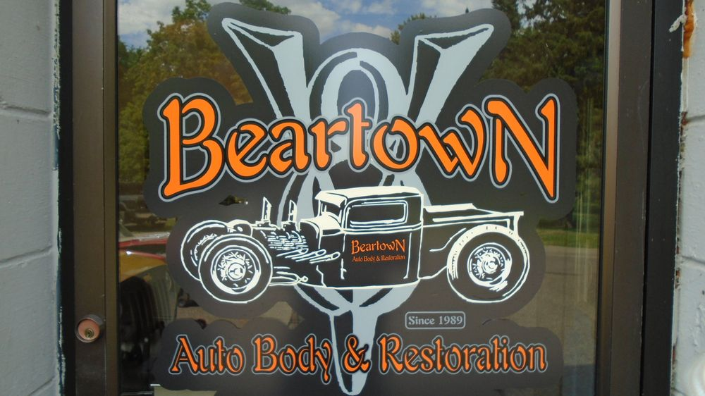 Beartown Auto Body: 2034 Florence St, Saint Paul, MN