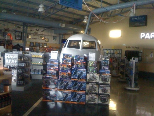 Banyan Pilot Shop 5320 NW 20th Ter Fort Lauderdale, FL