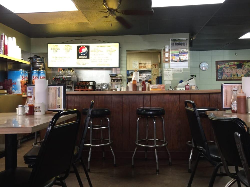 4 Little Pigs Bar-B-Que: 100 Beachwood Ln, Benton, KY