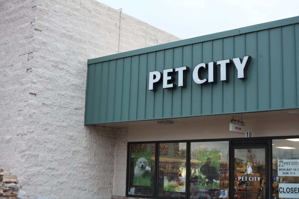Pet City: 3663 S College Ave, Fort Collins, CO