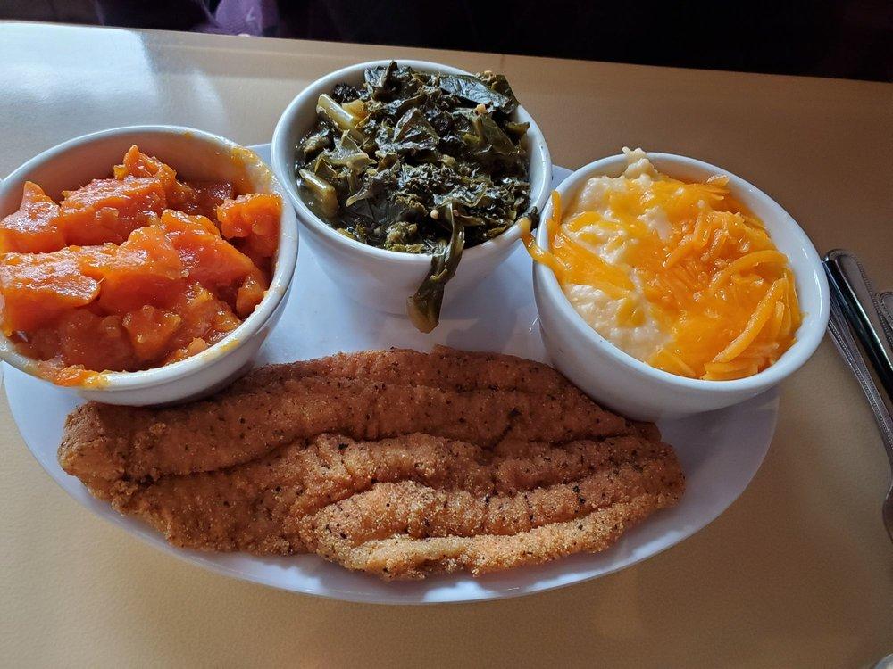 Food from Carmi Soul Food