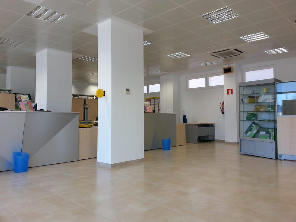 Correos oficinas de correos calle estafeta 3 norte for Oficinas ups madrid