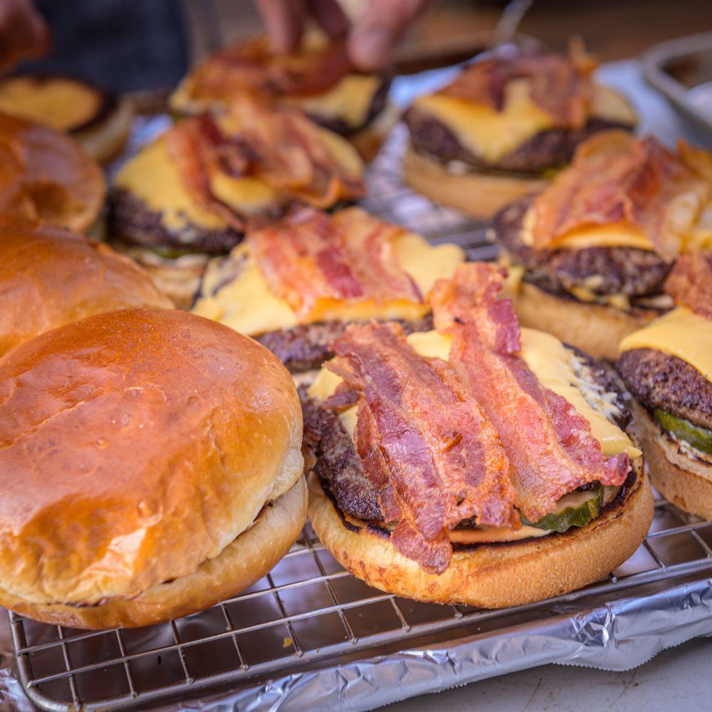 Chelsea Burger: 110 W Middle St, Chelsea, MI