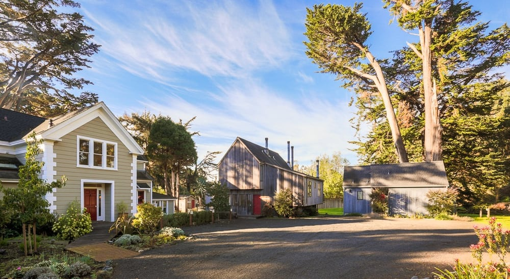 Inn at the Cobbler's Walk: 8200 N Hwy One, Little River, CA
