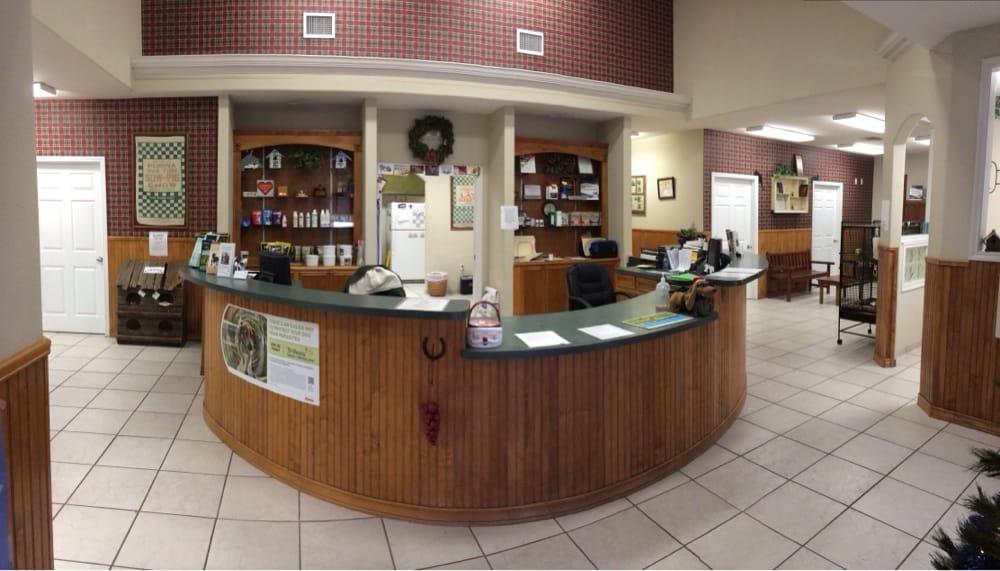 Ingleside Animal Hospital: 2031 State Hwy 361, Ingleside, TX