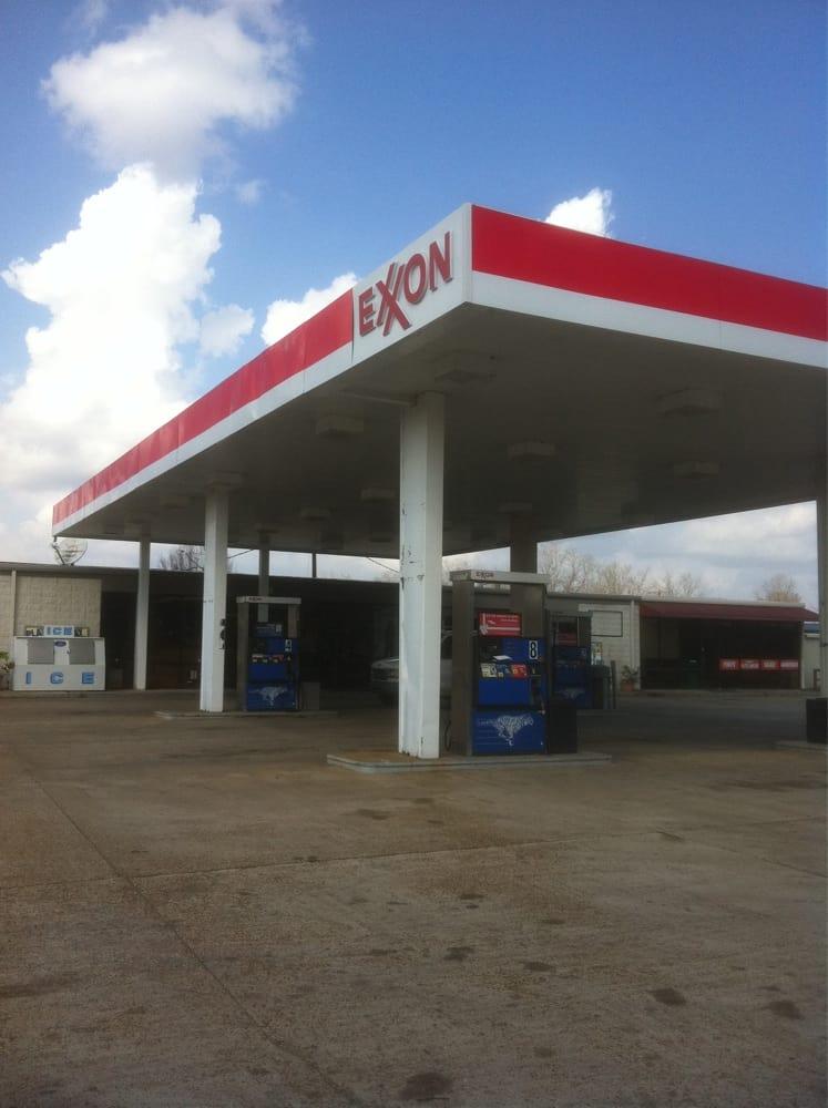 Tiger Stop Exxon: 500 Robinson Bridge Rd, Woodworth, LA
