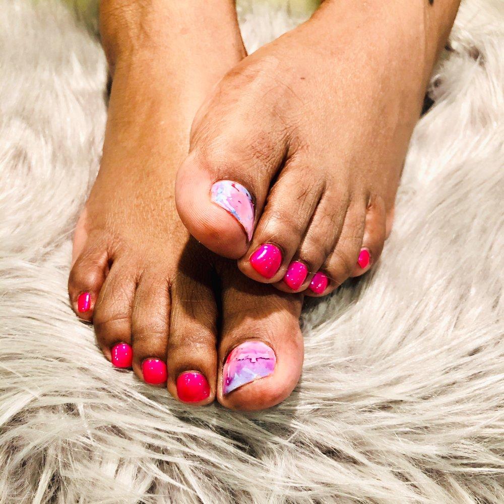 SahLan Nails & Spa: 2705 Birch St, Eau Claire, WI
