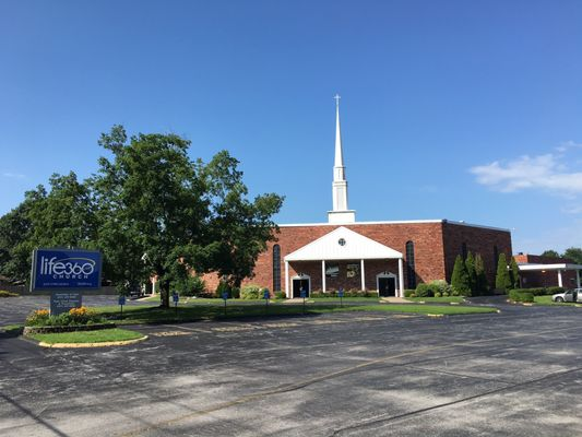 Life 360 Church Chesterfield - Churches - 2220 W Chesterfield St