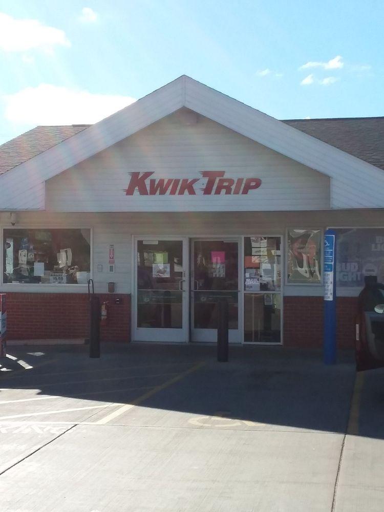 Kwik Trip Store: 13907 10th St, Osseo, WI