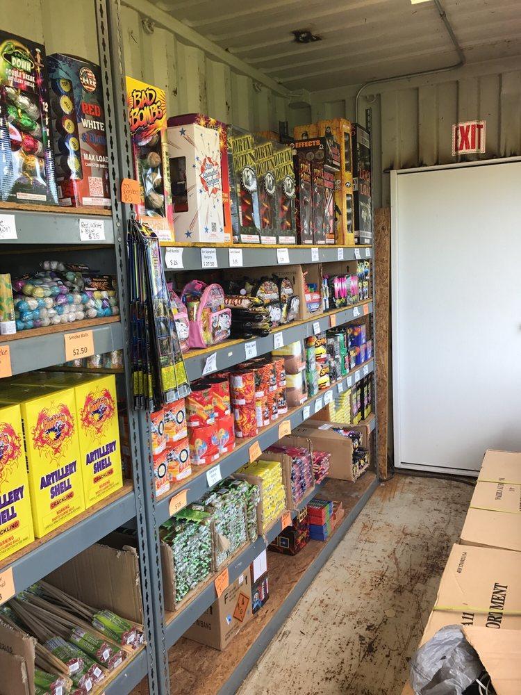 Sam's Fireworks: 7507 US-76, Columbia, SC