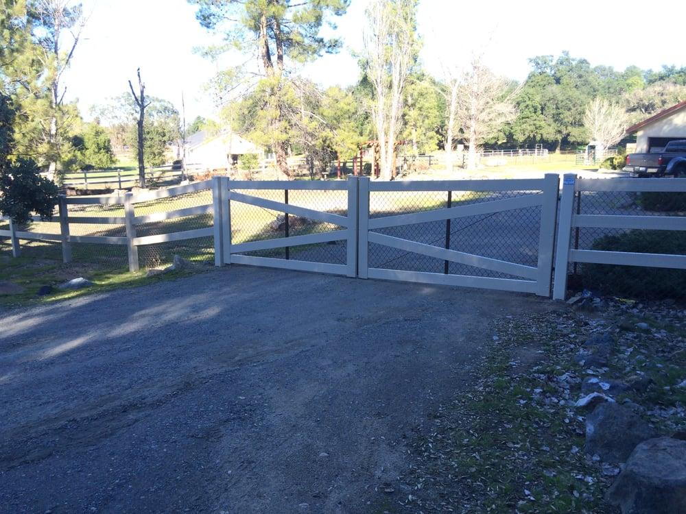 Ranch Style Vinyl Gate Yelp