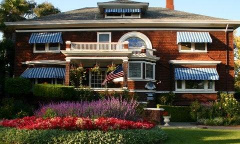 Beazley House: 1910 1st St, Napa, CA
