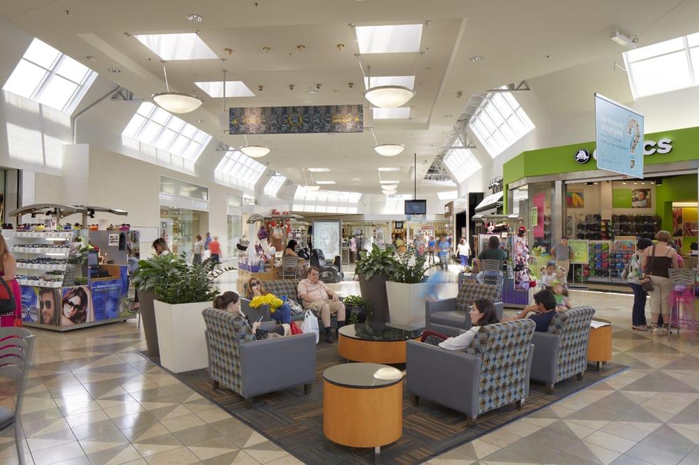 Miami International Mall: 1455 NW 107th Ave, Doral, FL