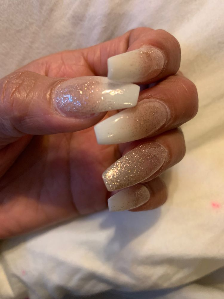 Lucky Spa Nails: 1118 N Lemoore Ave, Lemoore, CA