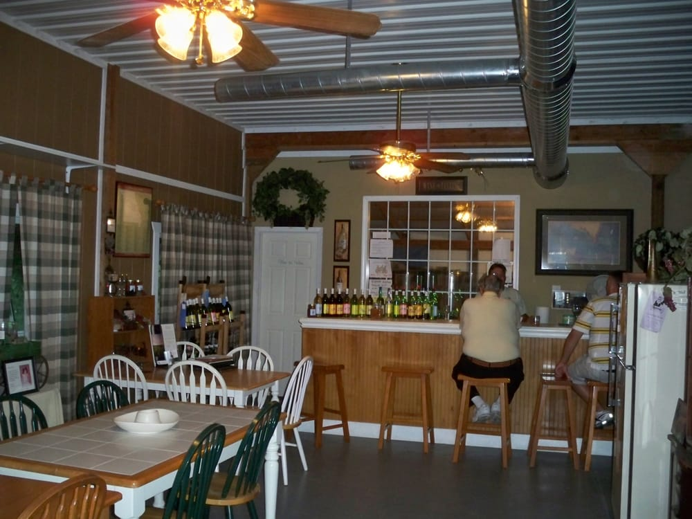 Odessa Country Winery: 2466 Mcneel Rd, Odessa, MO