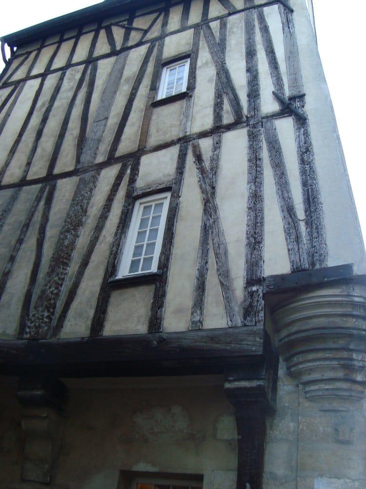 Mije maison inter jeunes auberges de jeunesse 12 rue for Auberge de jeunesse tadoussac maison majorique