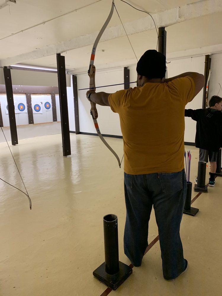 Smith Point Archery Lanes Inc: 215 E Main St, Patchogue, NY
