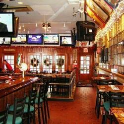 Außergewöhnlich Photo Of Bobby Vu0027s Sports Bar   Stamford, CT, United States. Http: ...