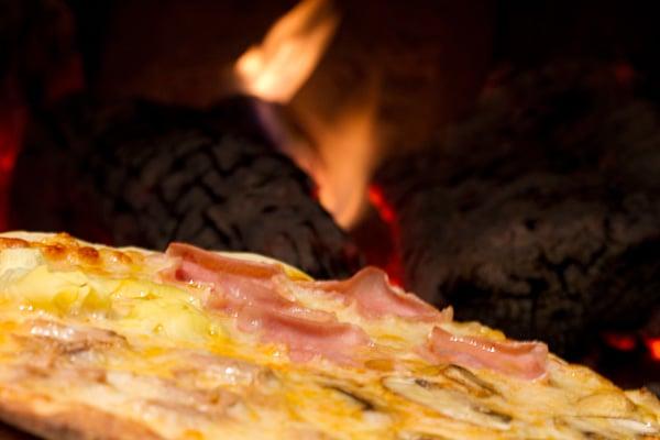 Pizzeria Avanti: Travesía San Miguel 3, esquina cl. Coles, Benidorm, A