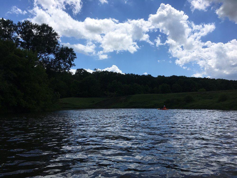Baraboo River Canoe & Kayak Rentals: 106 Freedom St, North Freedom, WI