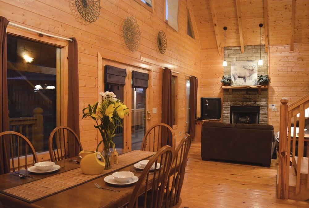 Bear Camp Cabin Rentals 76 Photos Amp 14 Reviews