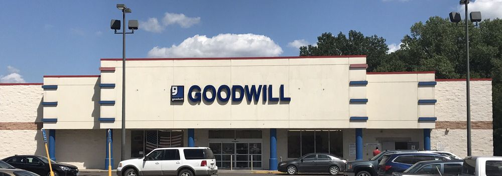 Goodwill of Central Iowa: 850 N Quincy Ave, Ottumwa, IA