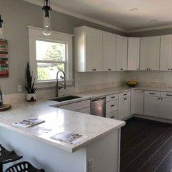 Lihua Cabinets & Granite