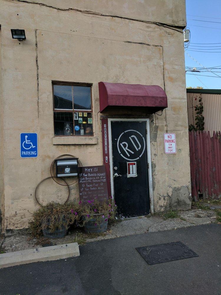 Rushing Duck Brewery: 1 Battiato Ln, Chester, NY