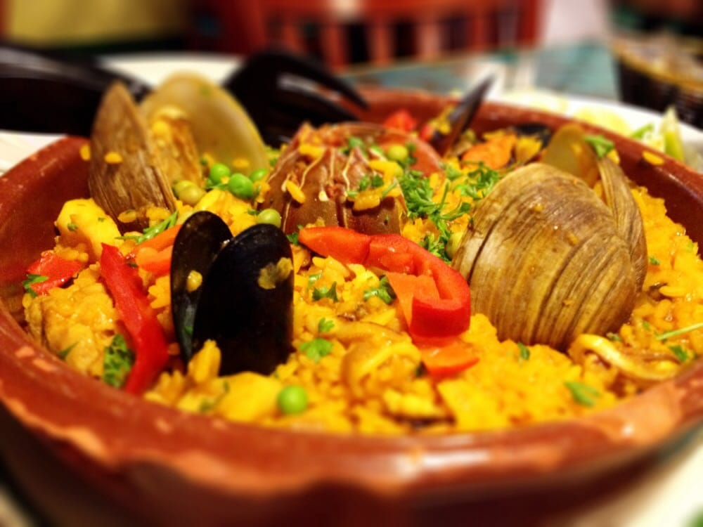 La Minutera Seafood Restaurant