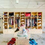 b2deec478885d Rock City Kicks - Shoe Stores - 200 N Bowman Rd