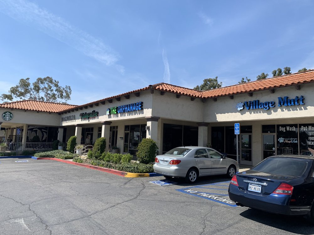 Priceless Pet Rescue - Claremont: 665 E Foothill Blvd, Claremont, CA
