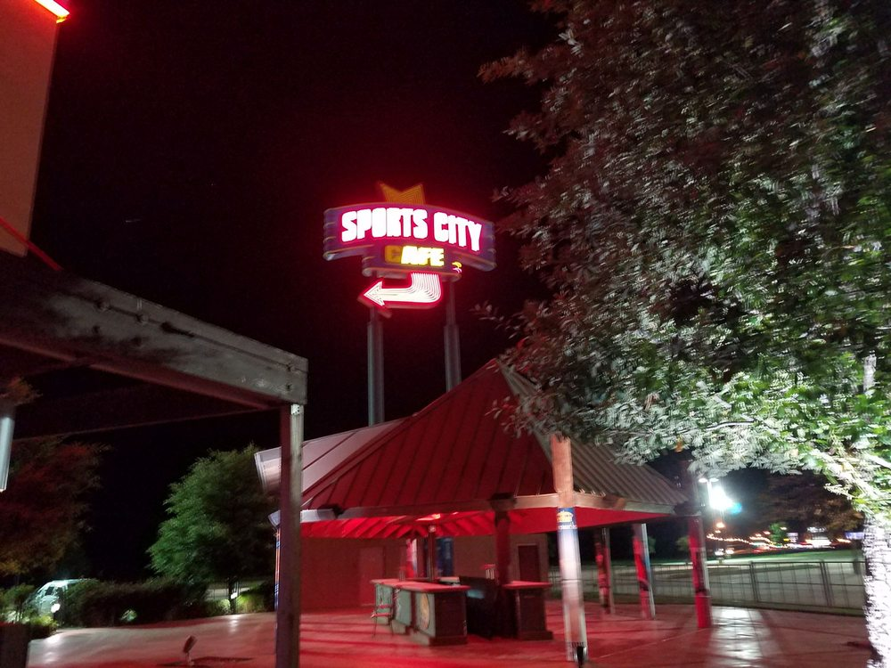 Sports City Cafe: 5067 S 9th Ave, Durant, OK
