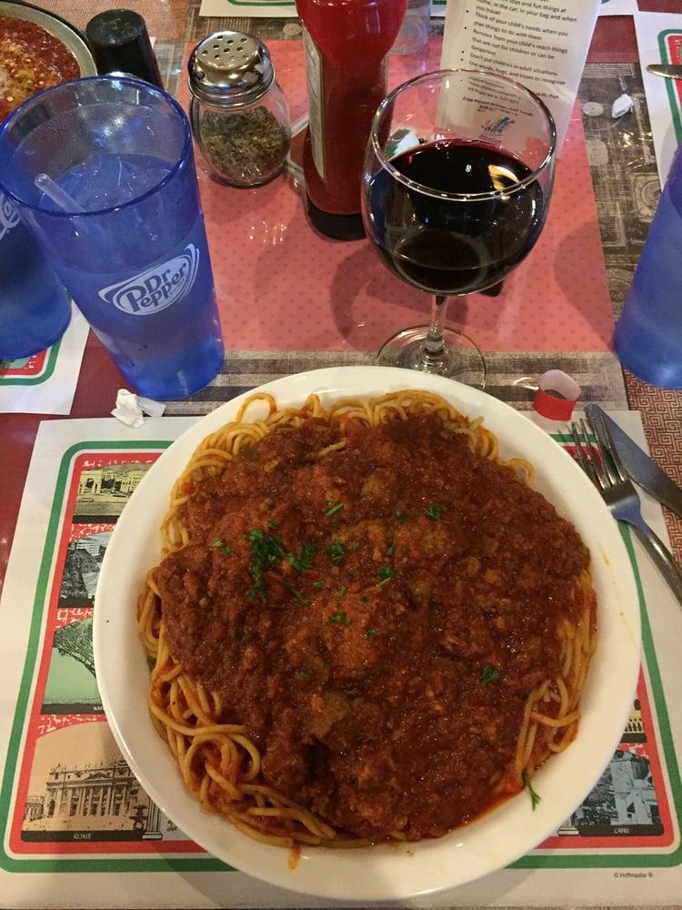 Viva Maria Pizza & Pasta: 124 E Buckeye St, Ada, OH