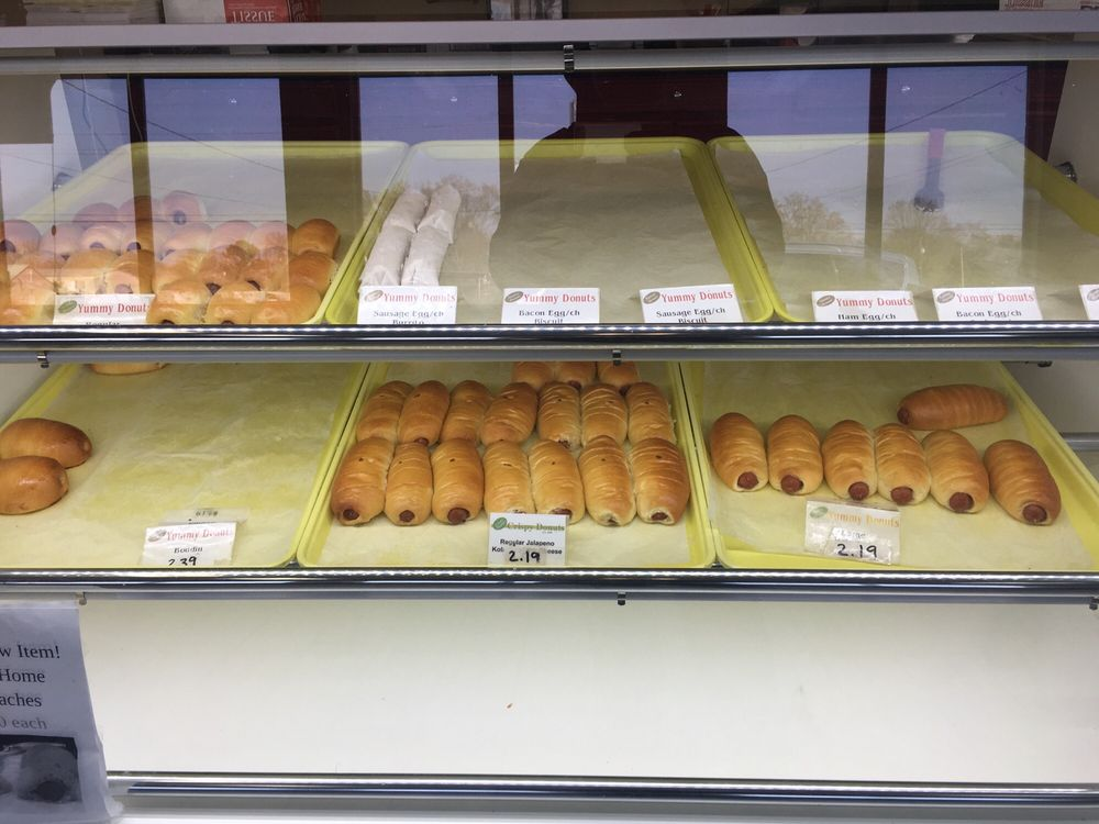 Yummy Donuts: 6550 Hwy 3, Benton, LA