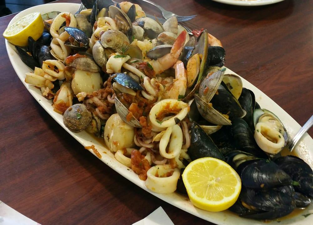 Zuppa di pesce woah yelp for Boston fish market des plaines illinois