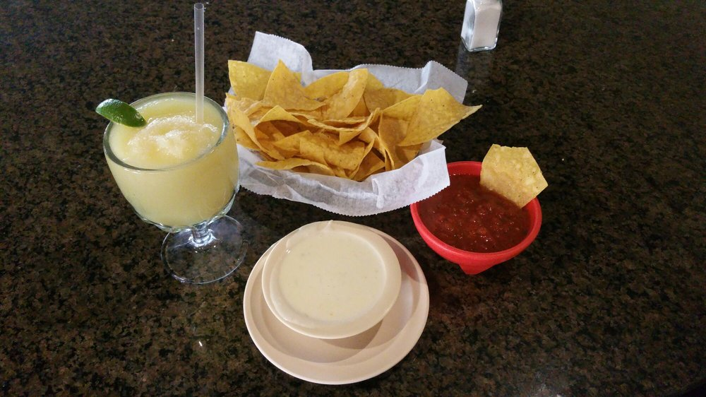 Los Jalapenos: 526 Hwy 76, White House, TN