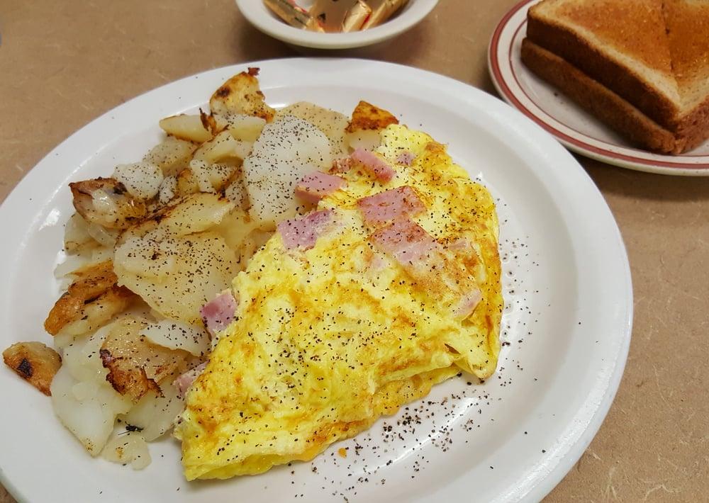 The Depot Restaurant & Catering: 21 W Main St, Avon Park, FL