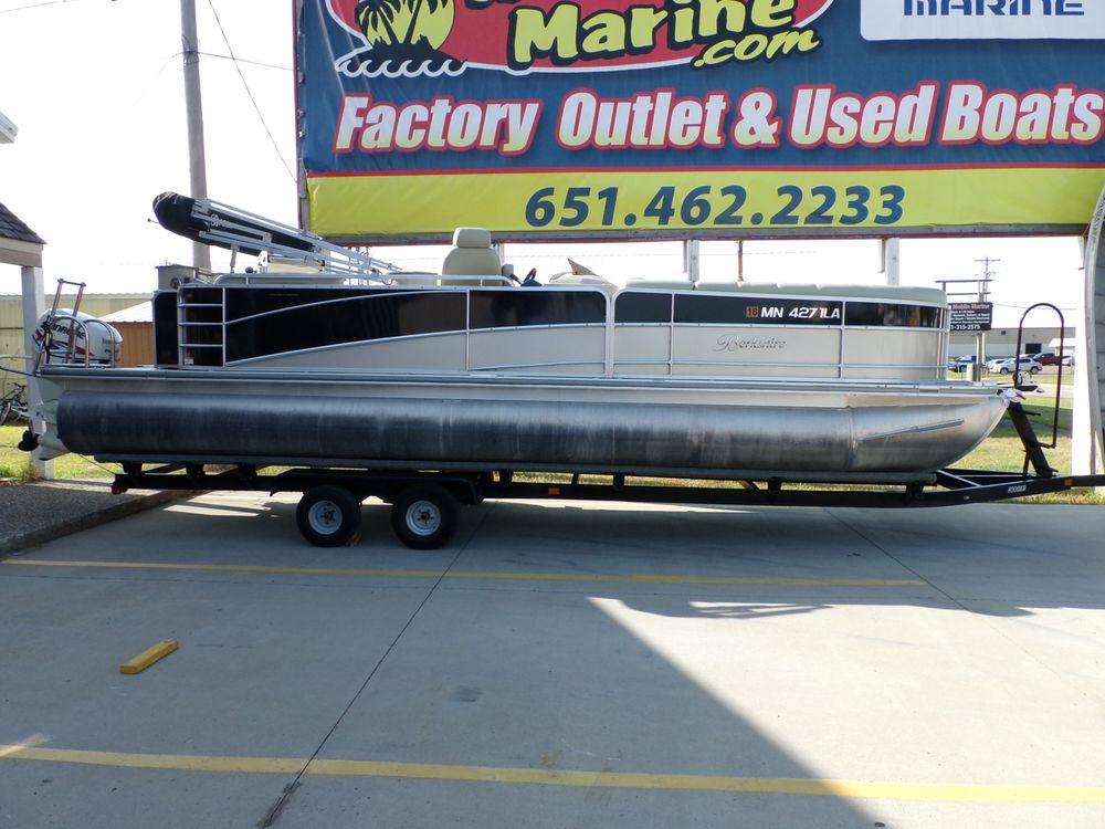 Hallberg Marine: 26470 Fallbrook Ave, Wyoming, MN