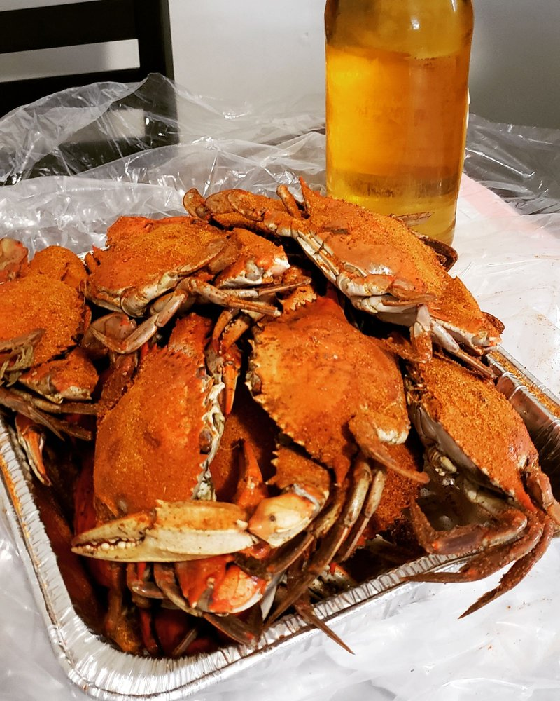 Rhodes Seafood: 173 McCauley Ave, Timberville, VA
