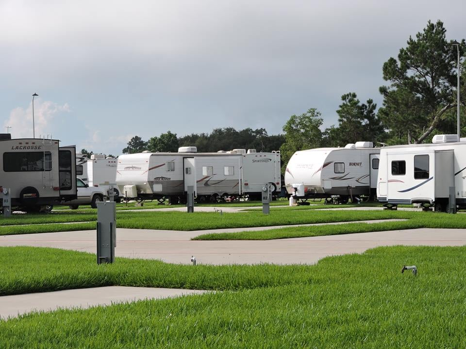 Bayou Bend RV Resort
