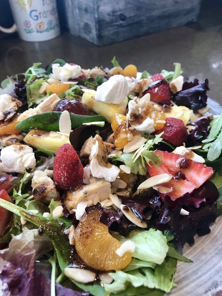 Healthy You Cafe: 2845 Center Valley Pkwy, Center Valley, PA