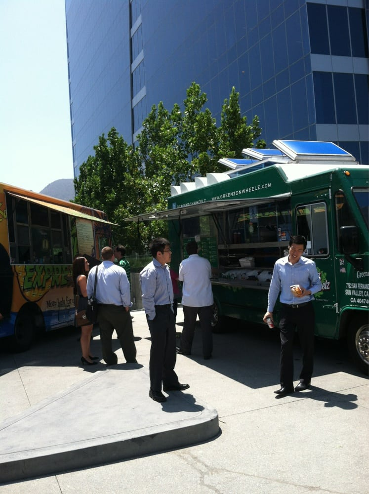 The Pointe Food Truck Triangle Burbank