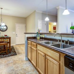 Carden Place Apartments Photos Apartments Carden - Deerfield crossing apartments mebane nc