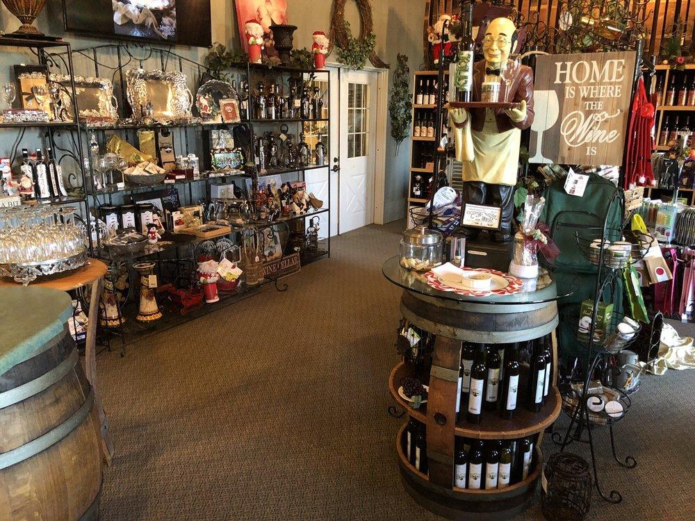 Morgan Creek Vineyards: 181 Morgan Creek Ln, Harpersville, AL