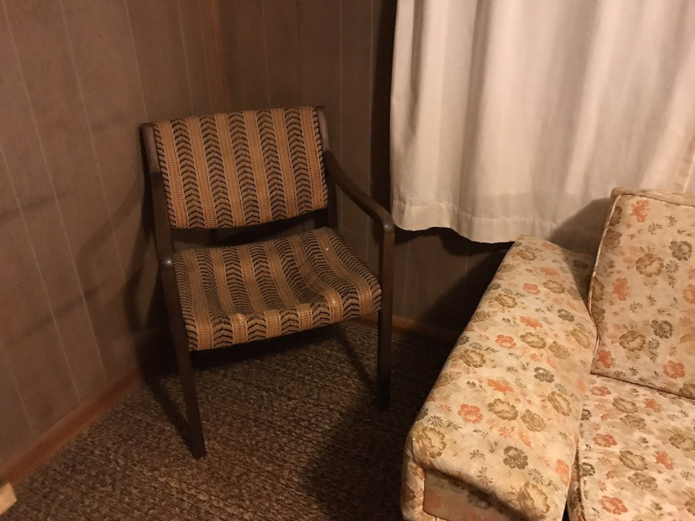 Angler's Resort: RR 2 Box 2832, Wheatland, MO