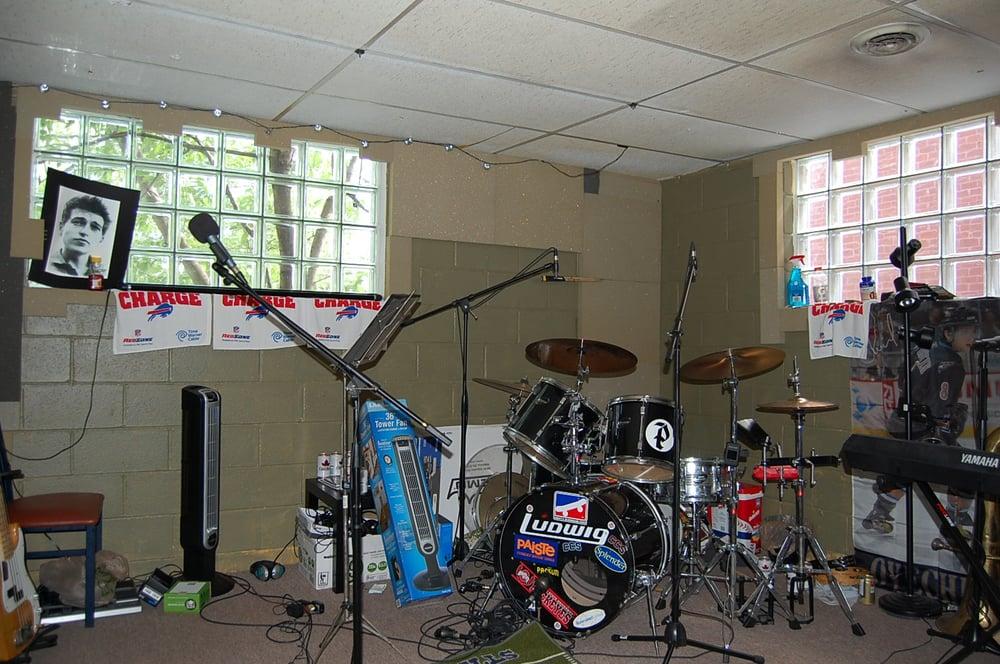 Buffalo Band Space: 902 Kenmore Ave, Buffalo, NY